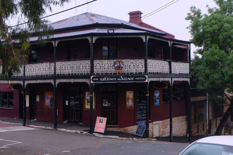 Apparently, this is Mel Gibson's favorite bar when he's in Sydney. The actual Mel Gibson. I'm going to stop in there one day to check out all the shrines dedicated to Braveheart. And maybe hear a psychotic rant or two.