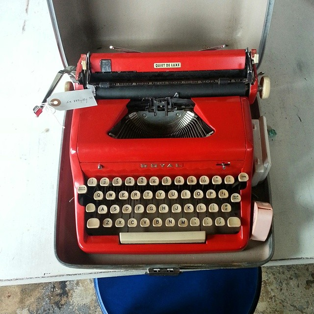 I got the sweetest typewriter in the world. It's still in the States, though. Oh, how I long for thee.